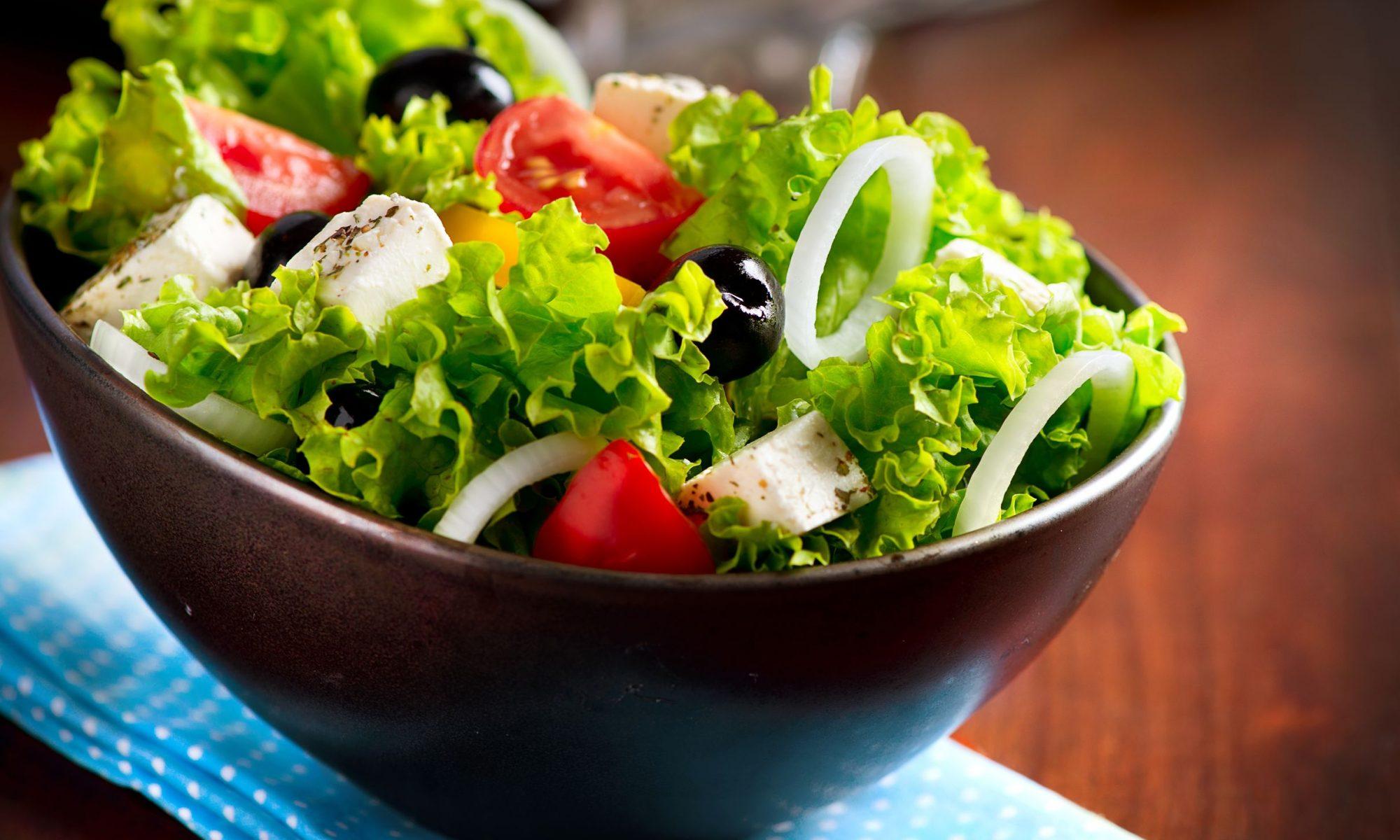 Рецепты вкусных салатов от Шефмаркет